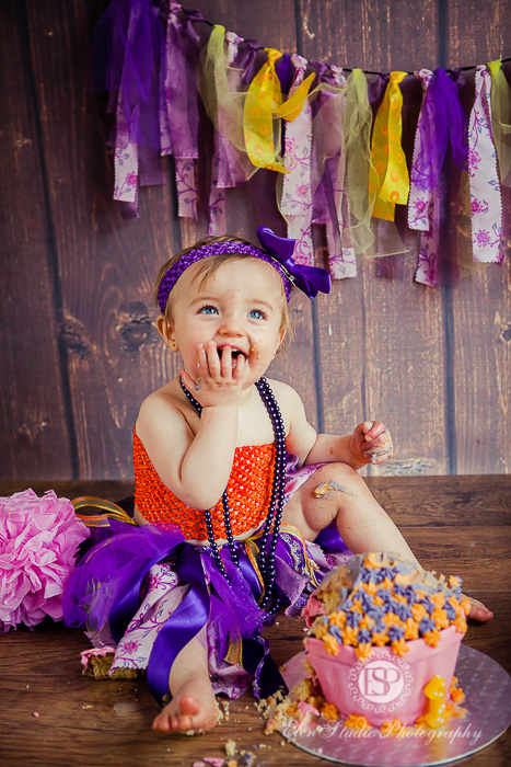 03_purple-orange-cake-Smash-derby-AT-Elen-Studio-Photography-36