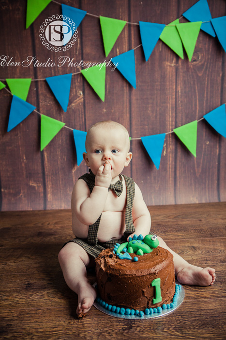 08_Cake-smash-baby-boy-ORW-Elen-Studio-Photography-054