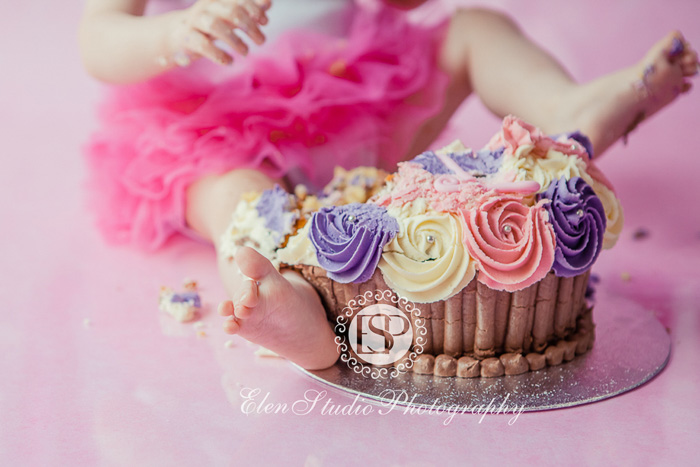 09_Cake-smash-photography-derby-MBCS-Elen-Studio-Photography-ssh-33