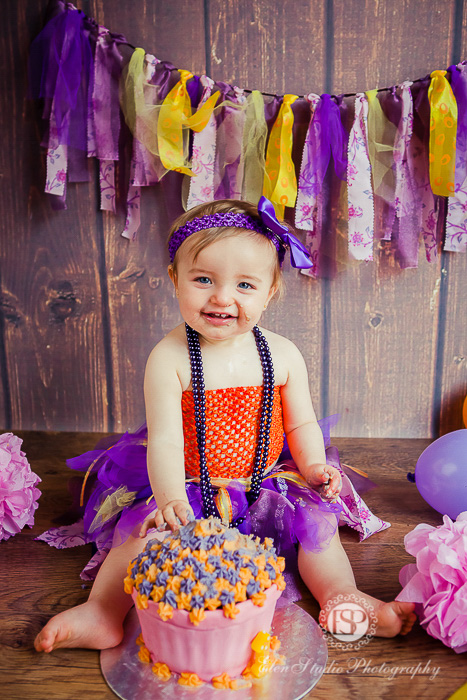 19_purple-orange-cake-Smash-derby-AT-Elen-Studio-Photography-27