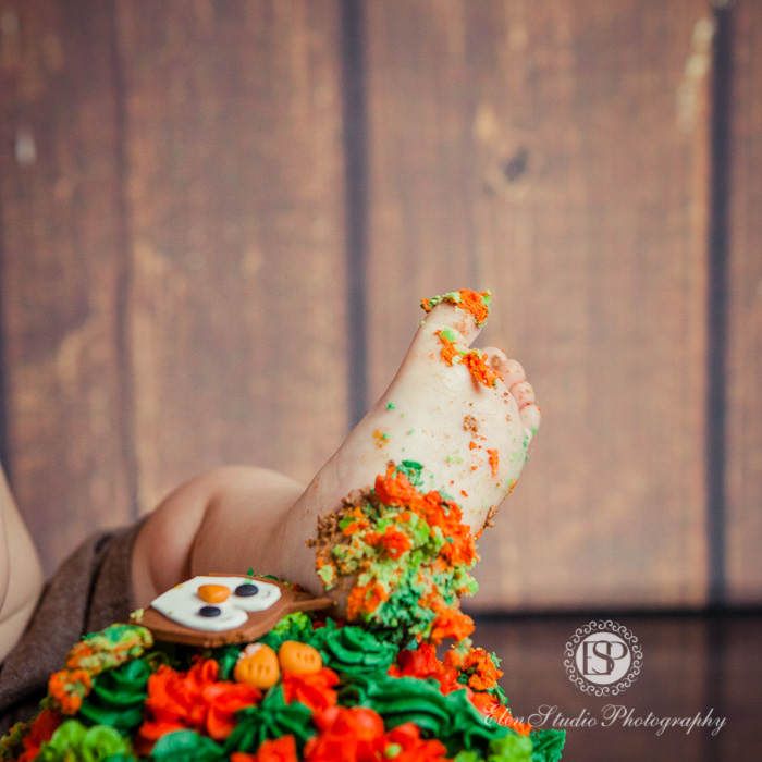 21_cake-smash-photographer-derby-Elen-Studio-Photography-34