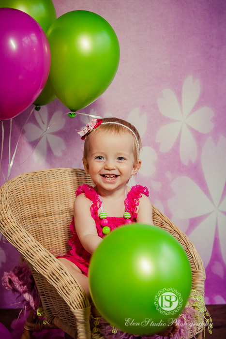 30_pink-green-cake-smash-derby-AK-Elen-Studio-Photography-037-web