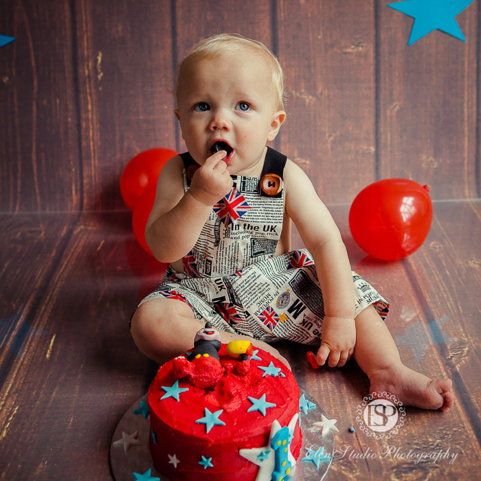 33_mickey-mouse-cake-Smash-JS-Elen-Studio-Photography-31