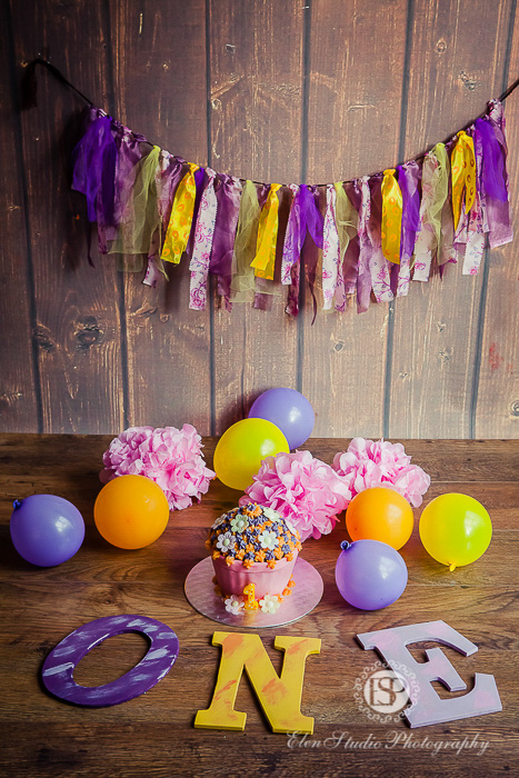 34_purple-orange-cake-Smash-derby-AT-Elen-Studio-Photography-01