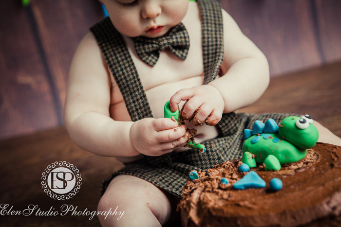 35_Cake-smash-baby-boy-ORW-Elen-Studio-Photography-057