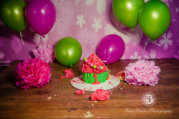 40_pink-green-cake-smash-derby-AK-Elen-Studio-Photography-077-web