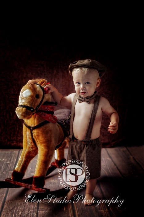 1st-birthday-photos-MB1st-Elen-Studio-Photography-01