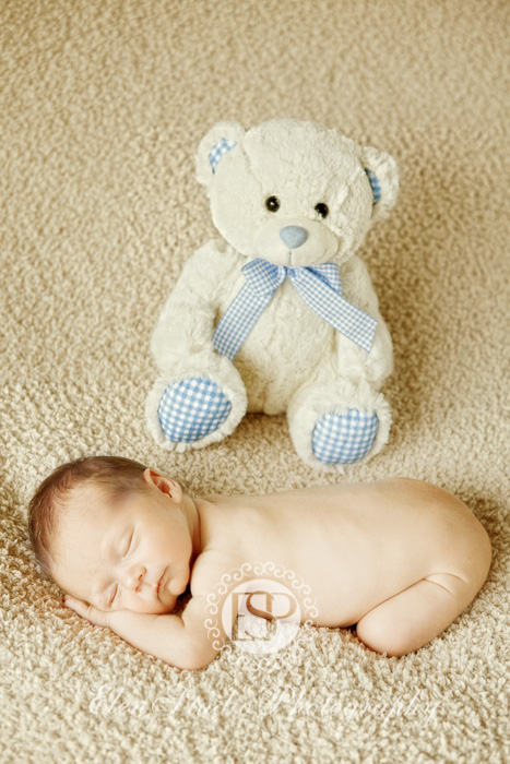 Newborn-photographer-Derby-MBnb-Elen-Studio-Photograhy-05