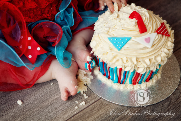Cake-smash-photographer-derby-CHCS-Elen-Studio-Photography-09