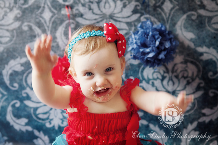 Cake-smash-photographer-derby-CHCS-Elen-Studio-Photography-12