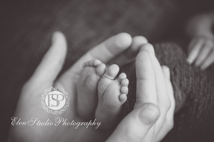 Newborn-Photographer-Derby-ORW10-Elen-Studio-Photography-019