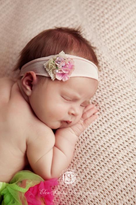 boutique-newborn-photographer-derbyshire-Elen-Studio-Photography-web-01