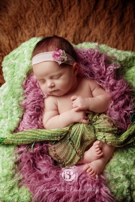 boutique-newborn-photographer-derbyshire-Elen-Studio-Photography-web-15