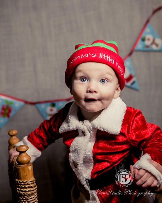 christmas-baby-shoot-in-derby-elen-studio-photography-09