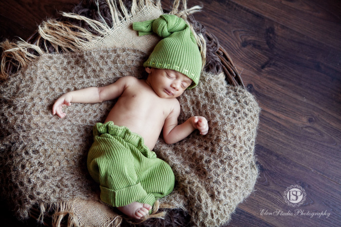 Newborn photography studio Derby-002