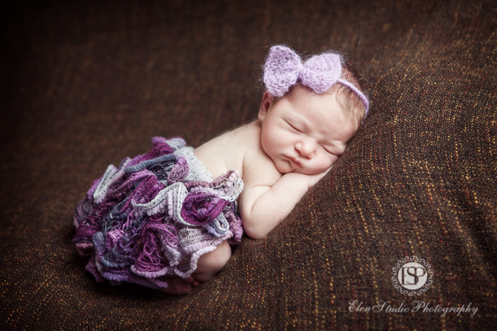 newborn-baby-girl-4-days-derby-Elen-Studio-Photography-027-web
