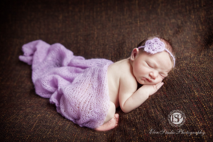 newborn-baby-girl-4-days-derby-Elen-Studio-Photography-031-web