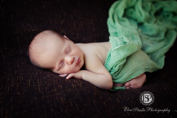 newborn-photographer-derby-studio-ESM-Elen-Studio-Photography-14